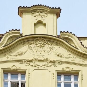Rekonstrukce fasády Jaromírova 9, Praha 2