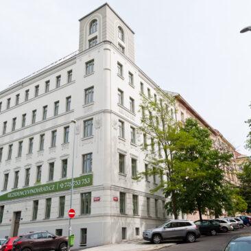 Rekonstrukce fasády Žižkovo náměstí 6
