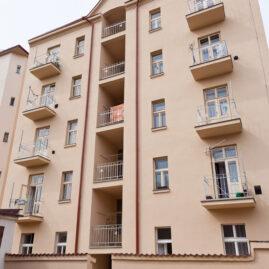 Rekonstrukce bytového domu Světova 16, Praha 8