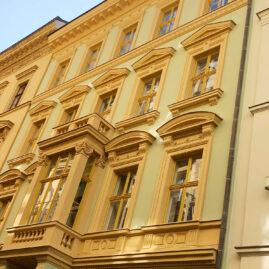 Rekonstrukce historické fasády Růžová, Praha 1
